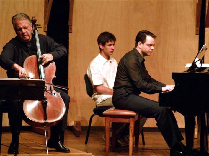 With Brazilian cellist Antonio Del Claro.