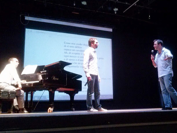 Fábio Bezuti teaching a masterclass on Mozart's recitatives for students. Dr. Ricardo Ballestero piano. II VOX:IA UNICAMP 2013 conference on vocal expressions in musical performance. Campinas, Brazil, June 7, 2013.